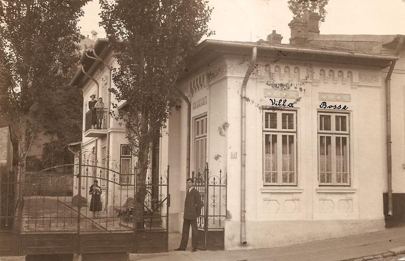 modesta drama a unei case modeste muzeul de fotografie